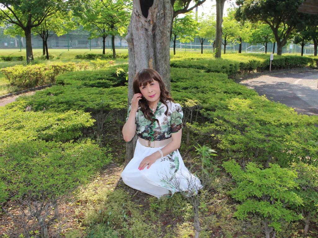 緑花柄シフォンロングワンピB(2)