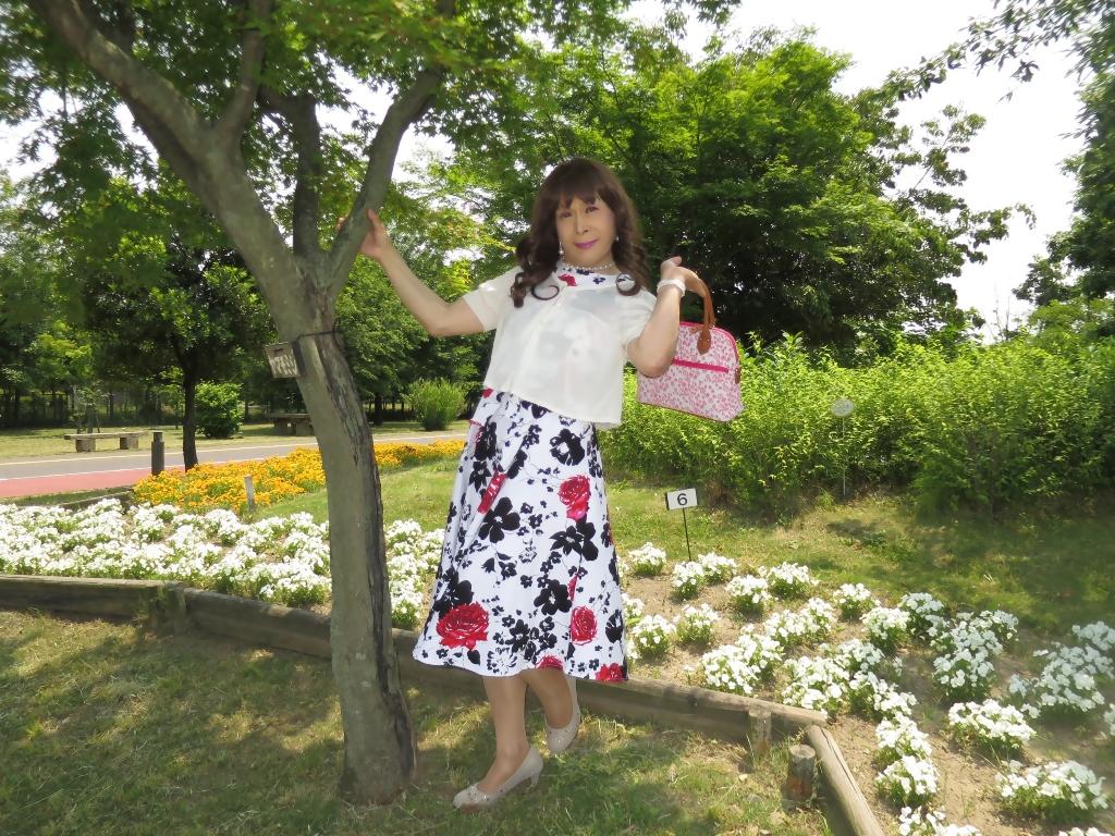 白地に花柄のワンピA(2)