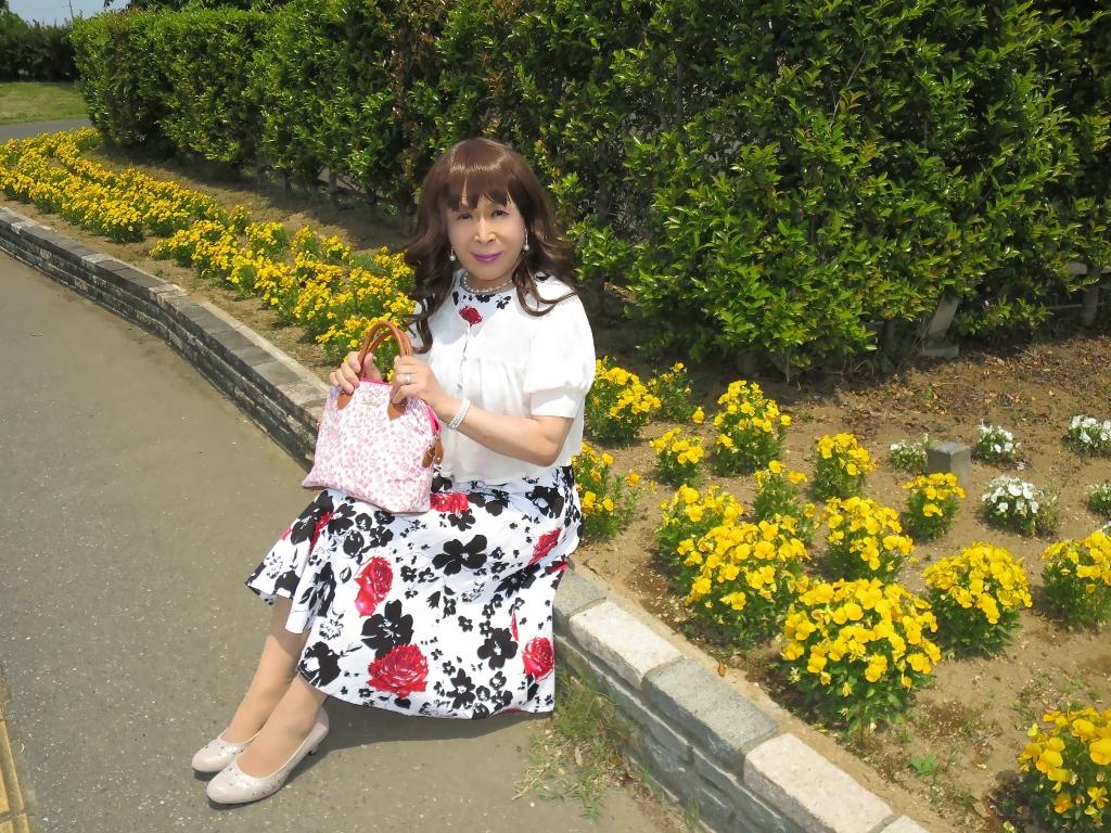白地に花柄のワンピA(7)