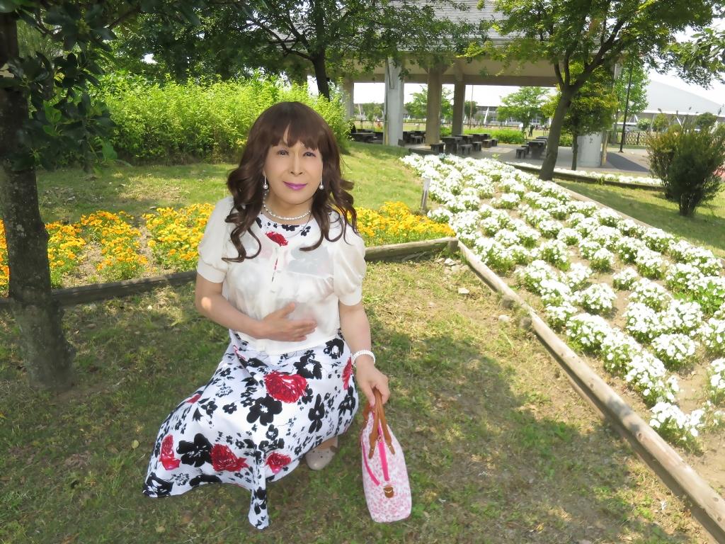 白地に花柄のワンピA(5)
