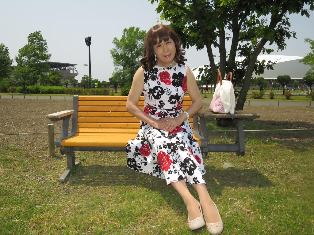 白地に花柄のワンピB(9)