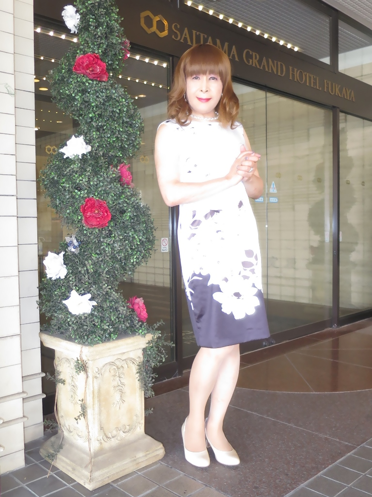 モノトーン花柄ワンピA(2)