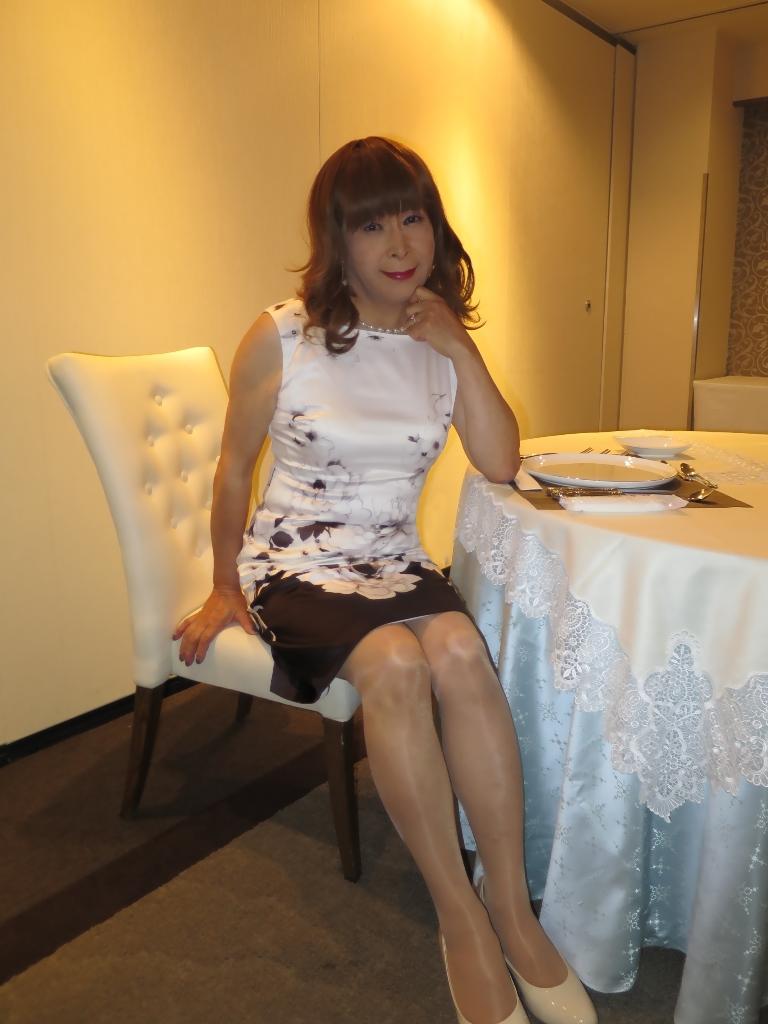 モノトーン花柄ワンピC(2)