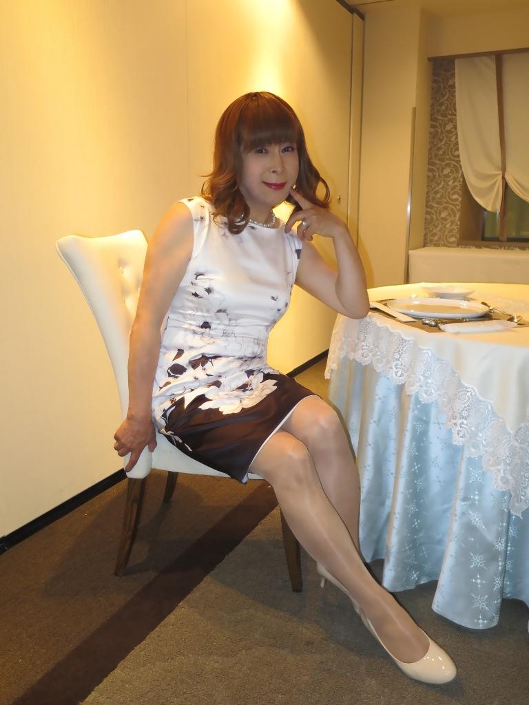 モノトーン花柄ワンピC(7)