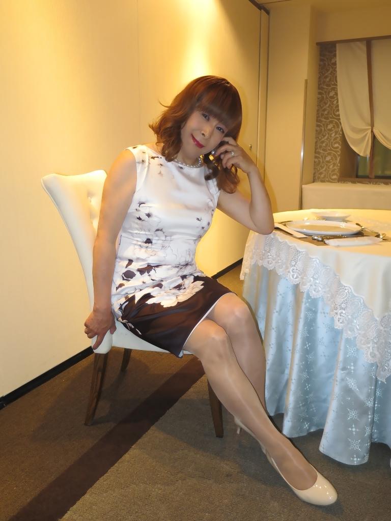 モノトーン花柄ワンピC(8)