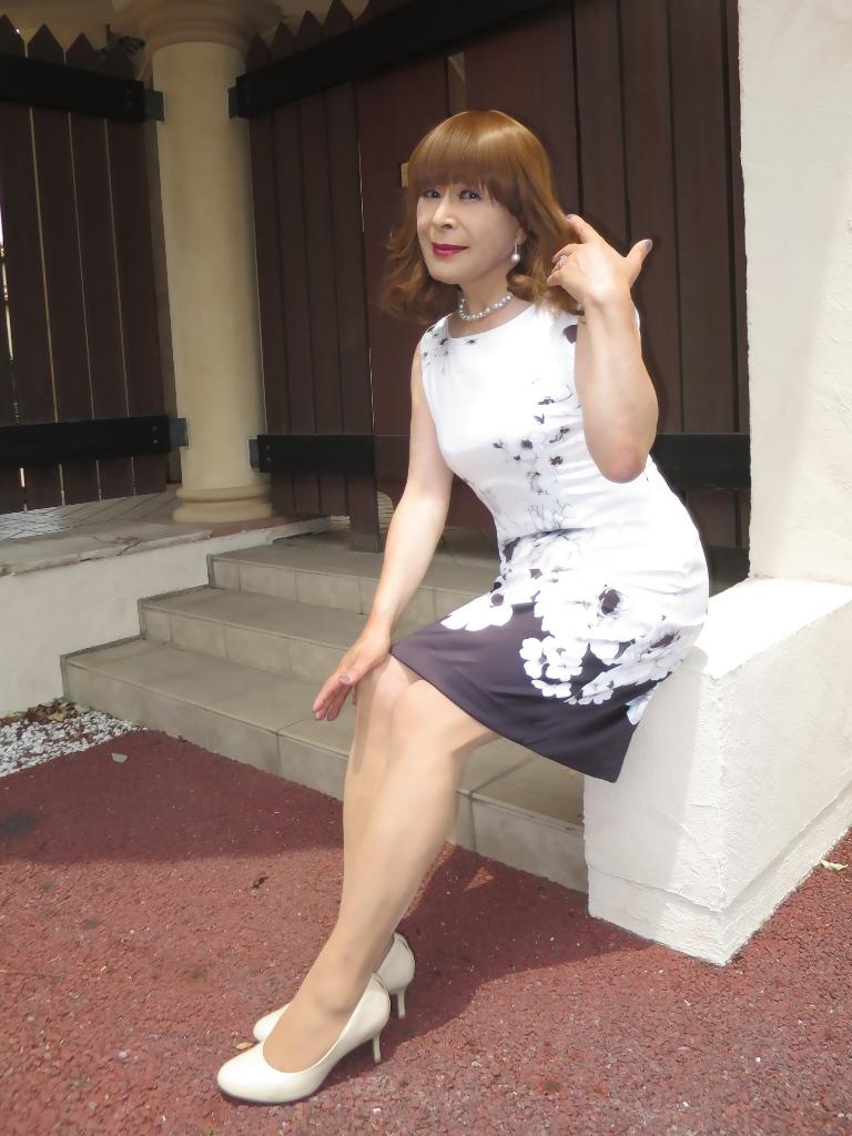 モノトーン花柄ワンピD(5)