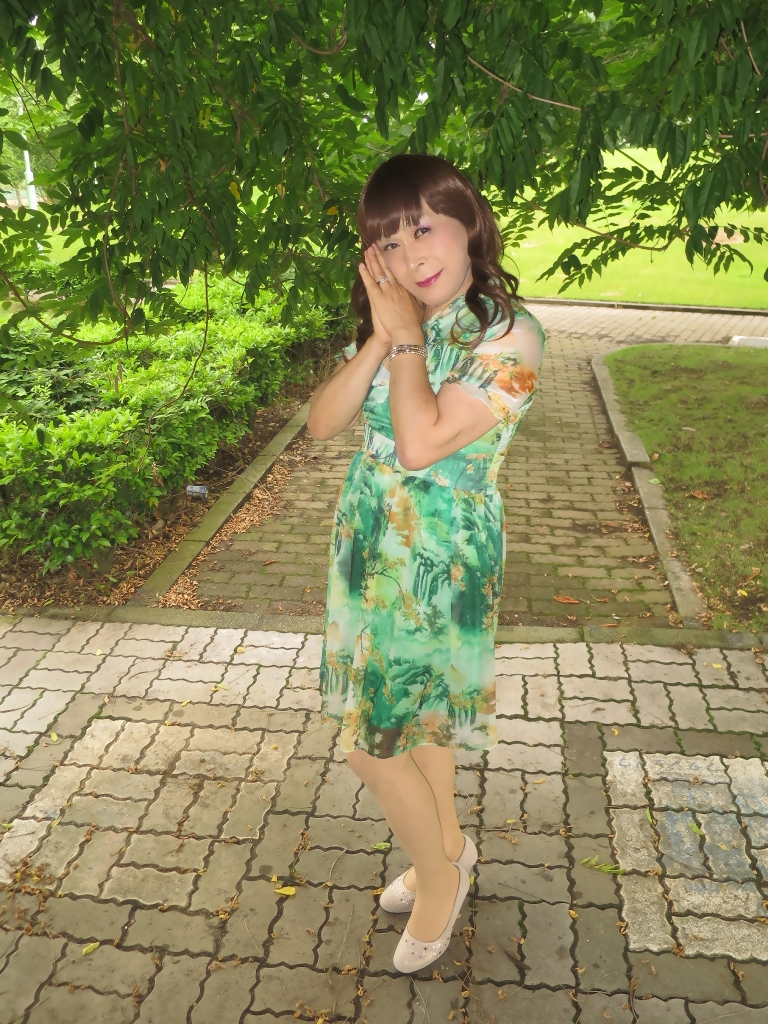 緑のシフォンワンピB(3)