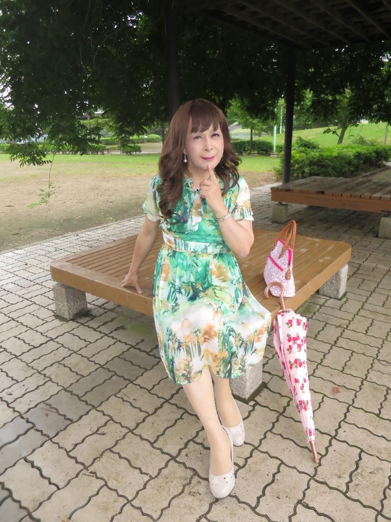緑のシフォンワンピC(2)