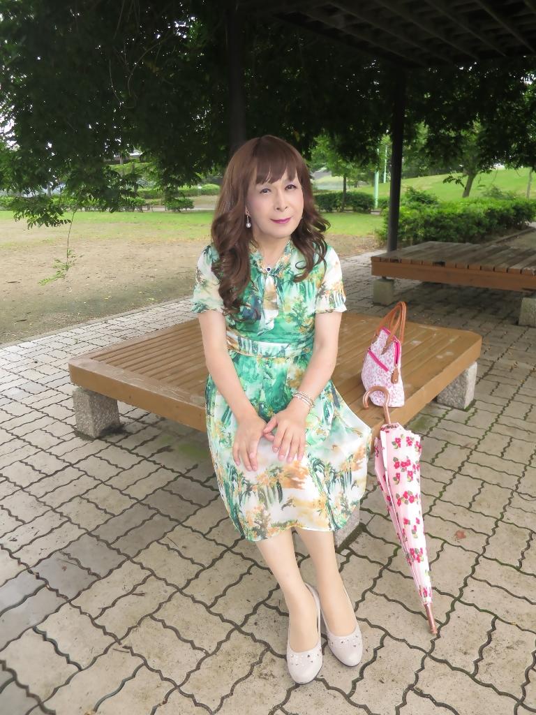 緑のシフォンワンピC(1)