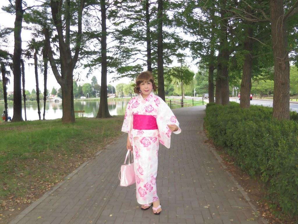 ピンク浴衣公園A(1)