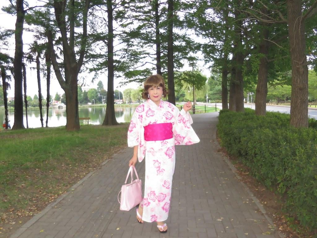 ピンク浴衣公園A(2)