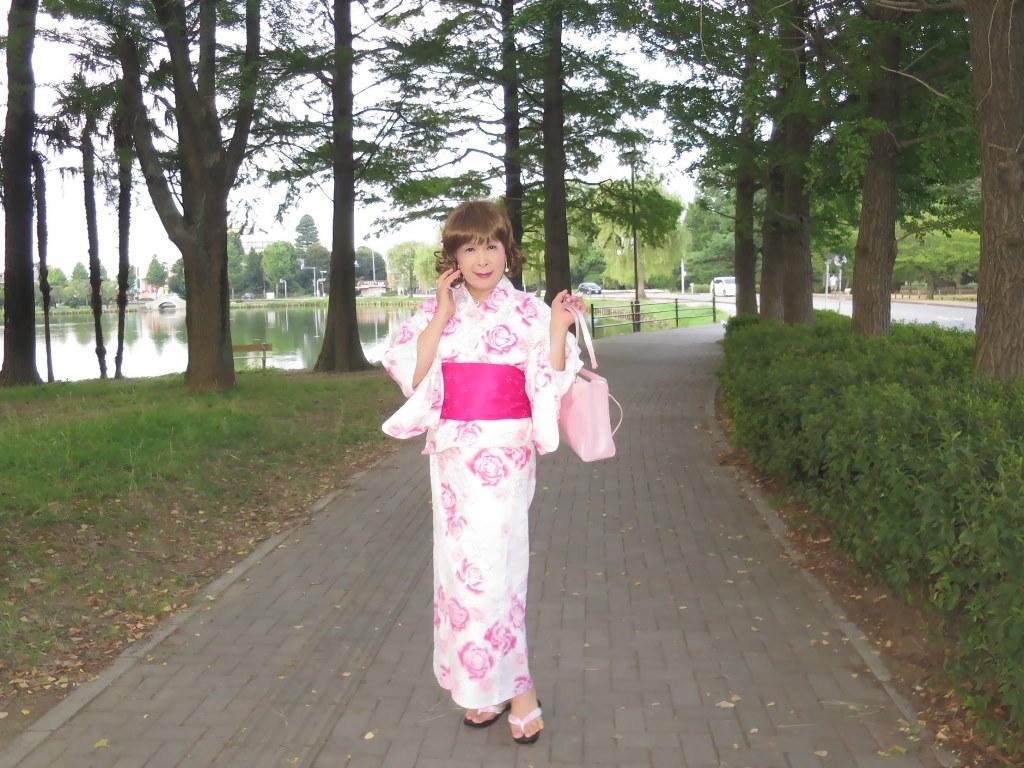 ピンク浴衣公園A(3)