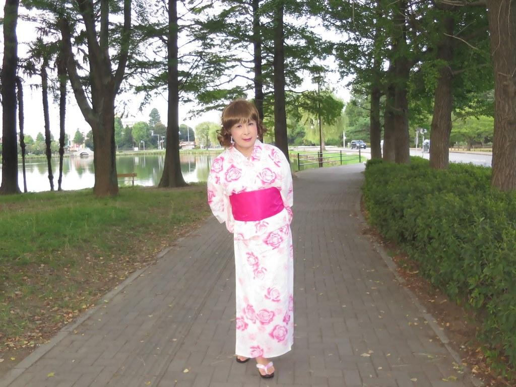 ピンク浴衣公園A(4)