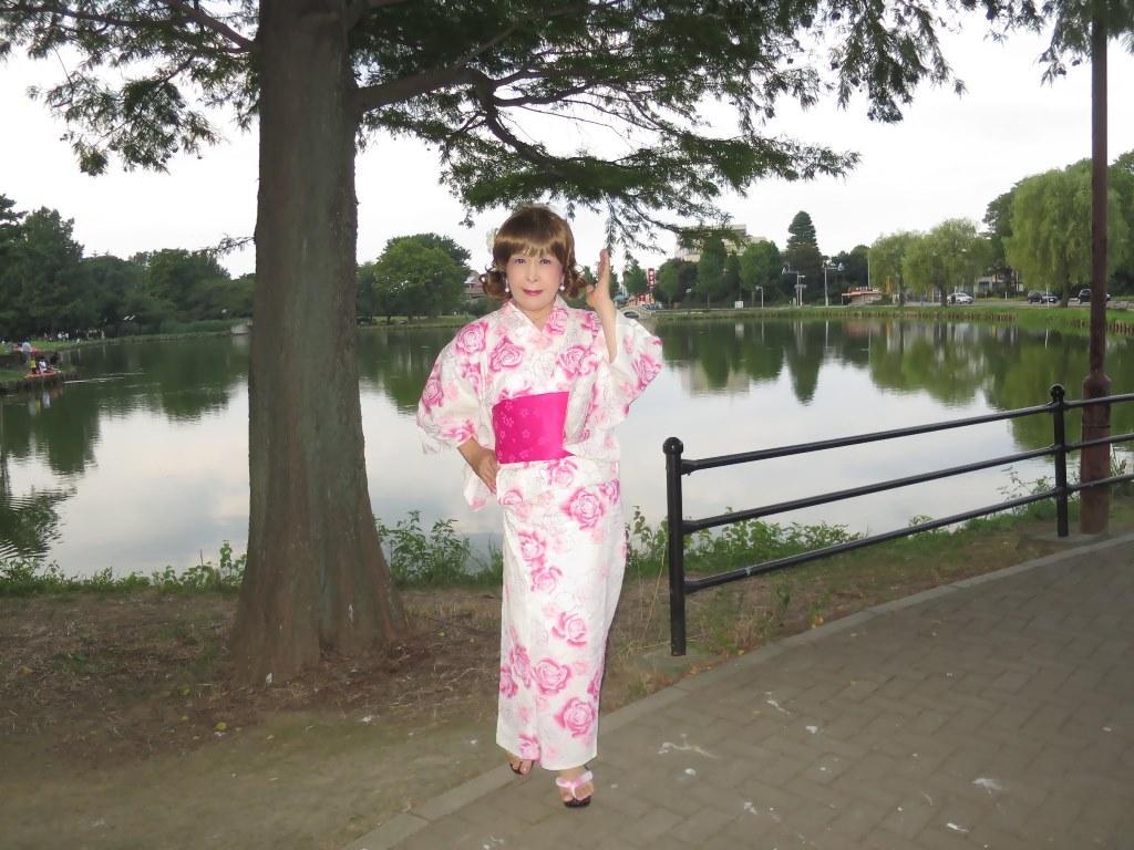 ピンク浴衣公園A(6)