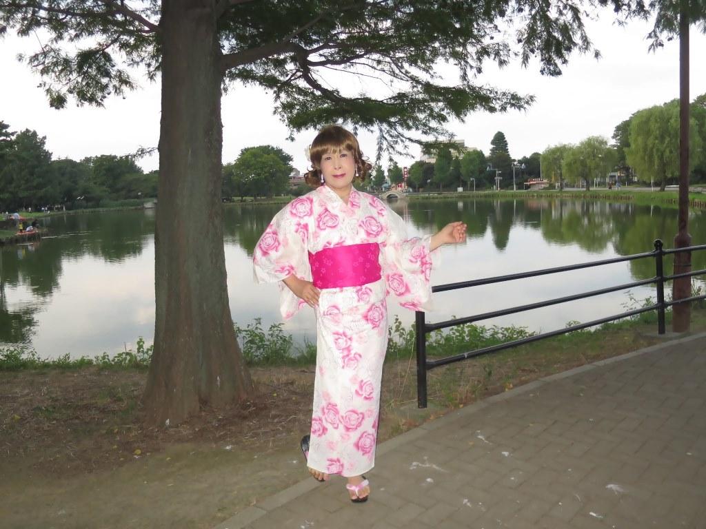 ピンク浴衣公園A(7)