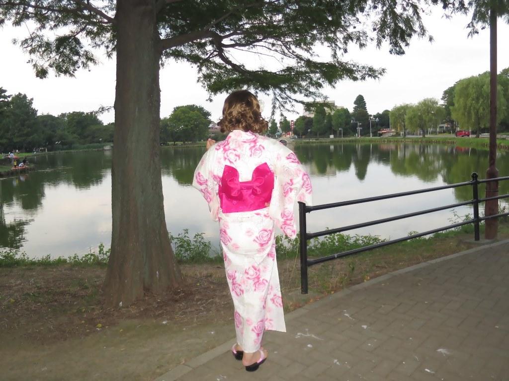 ピンク浴衣公園A(8)