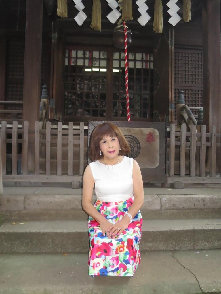 秋葉原柳森神社にて(2)