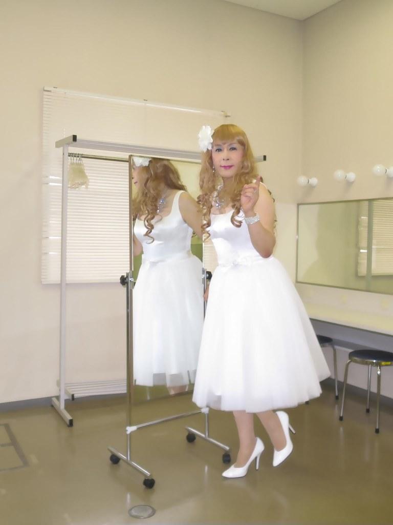 白ショートドレス歌謡祭(2)