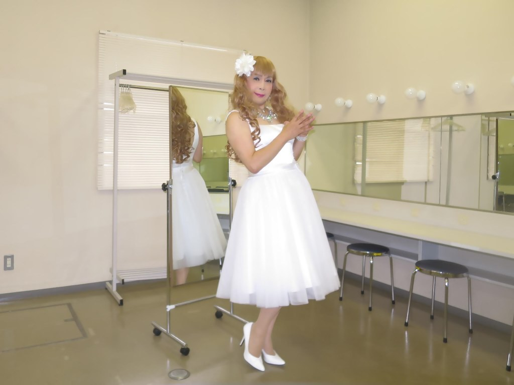 白ショートドレス歌謡祭(3)