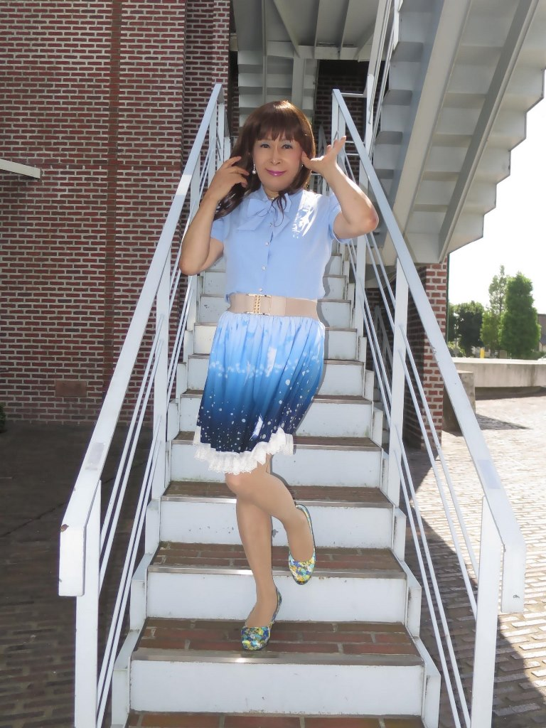 水色半袖ブラウス姫スカートA(3)