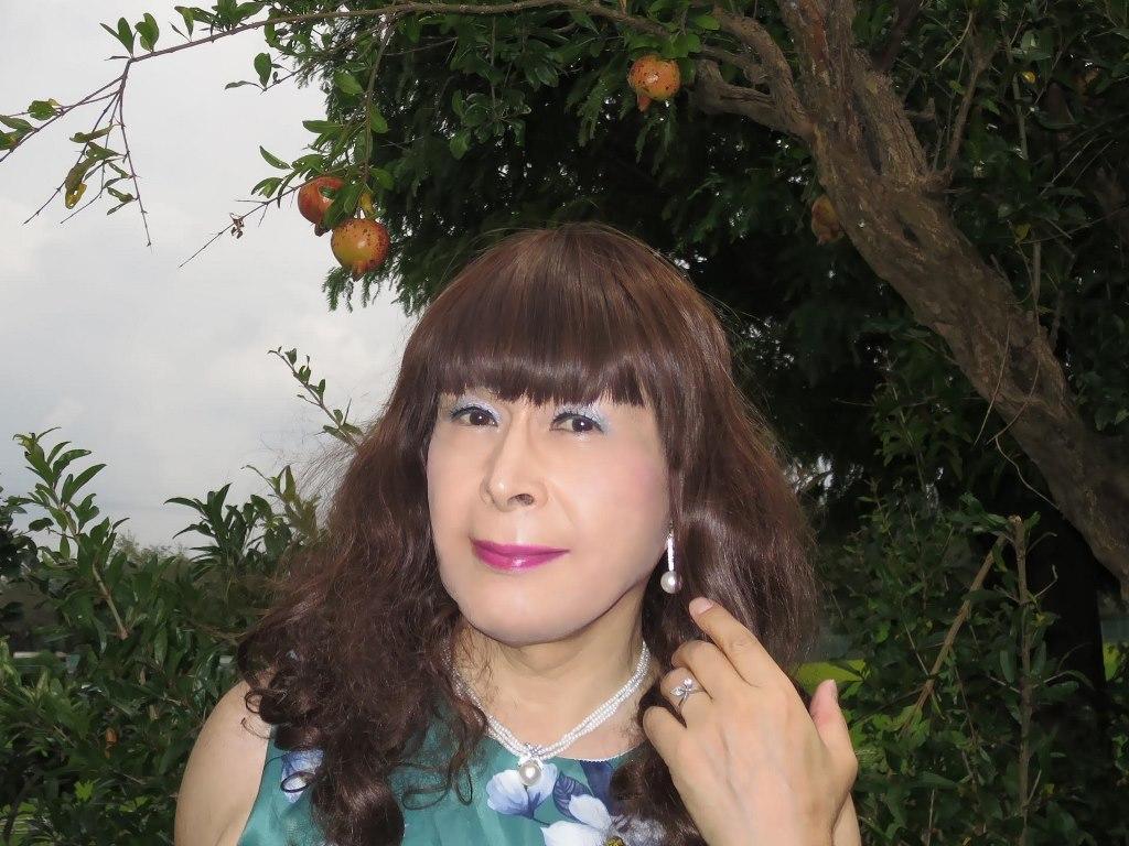 緑地に白花柄ワンピD(7)