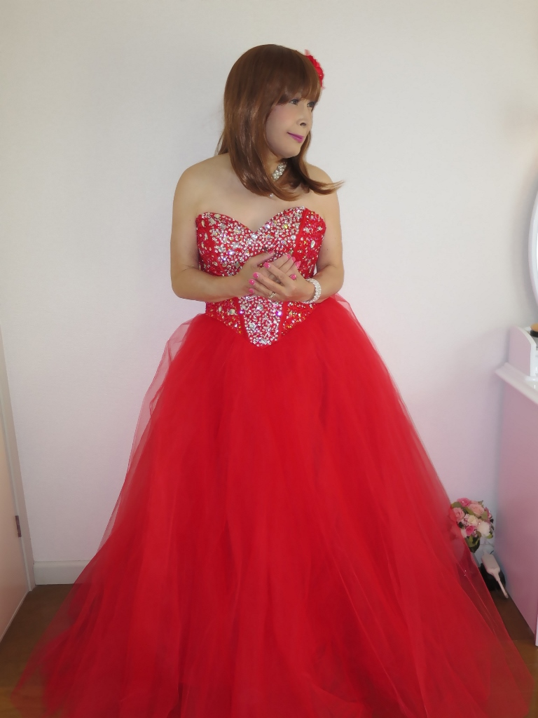 赤ドレス部屋(2)