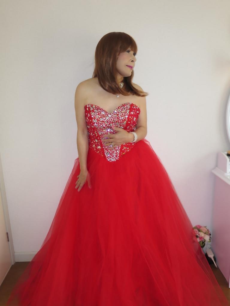 赤ドレス部屋(3)