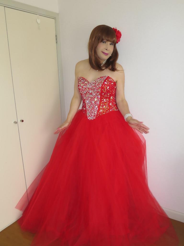 赤ドレス部屋(8)