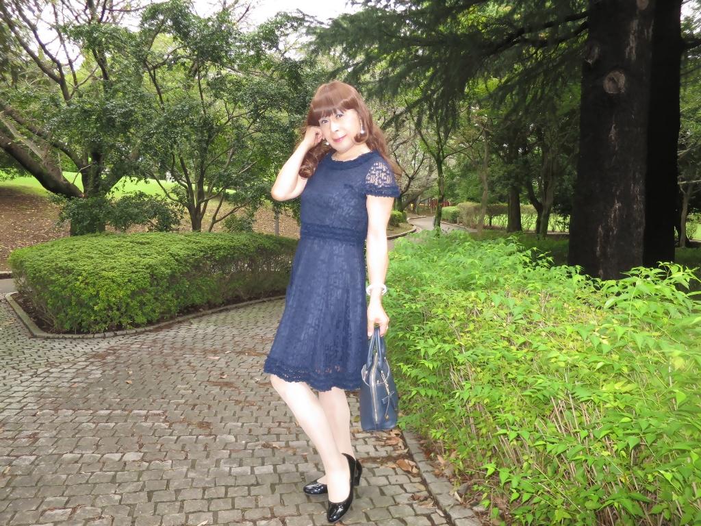 紺色のレースワンピB(3)
