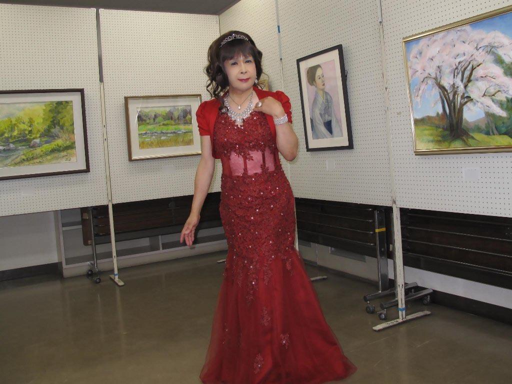 赤いドレス控室B(7)