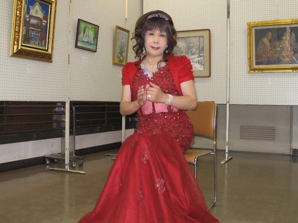 赤いドレス控室D(1)