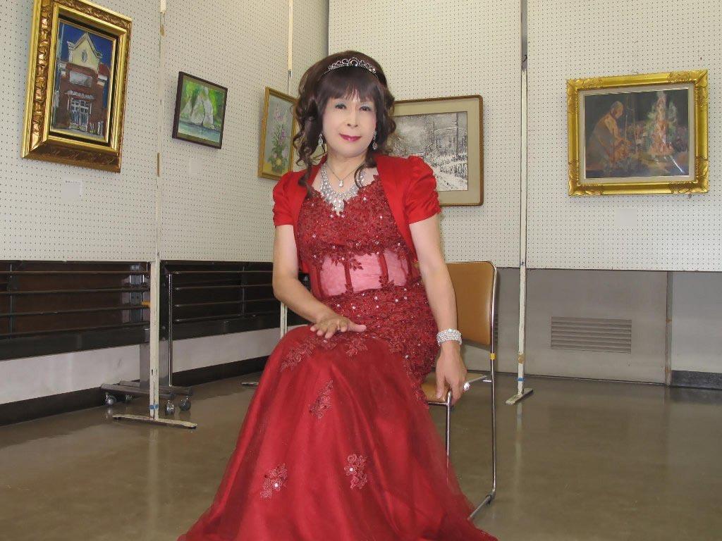 赤いドレス控室D(3)