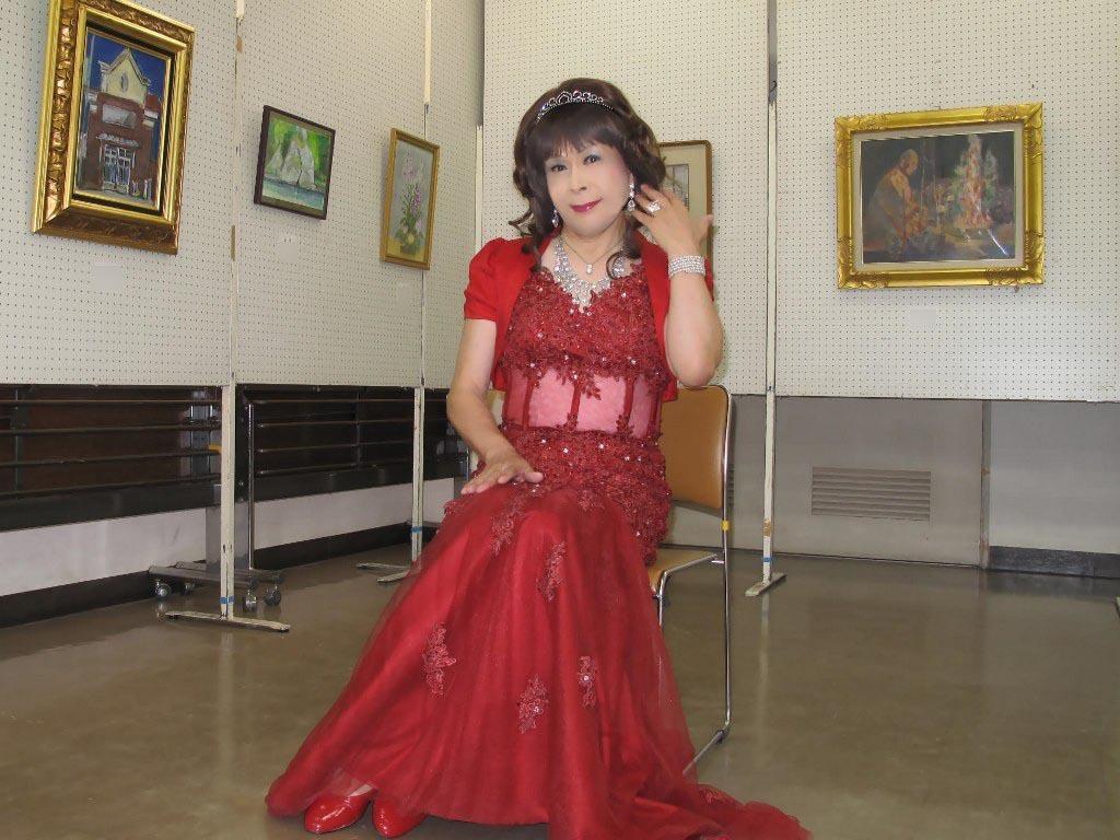 赤いドレス控室D(5)