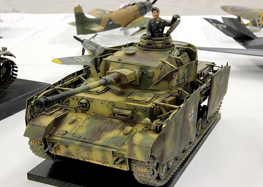 Ⅳ号戦車 H型初期-1
