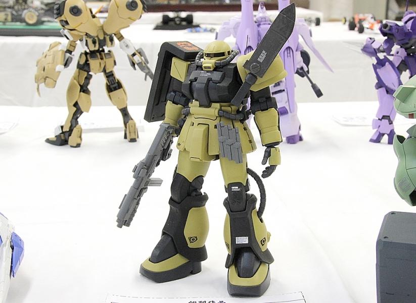 ザクF2-1