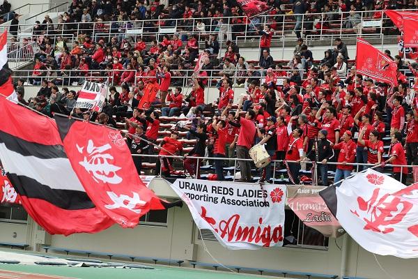 ホーム開幕戦に詰めかけた多くの浦和サポーターへ、勝利は届けられなかった