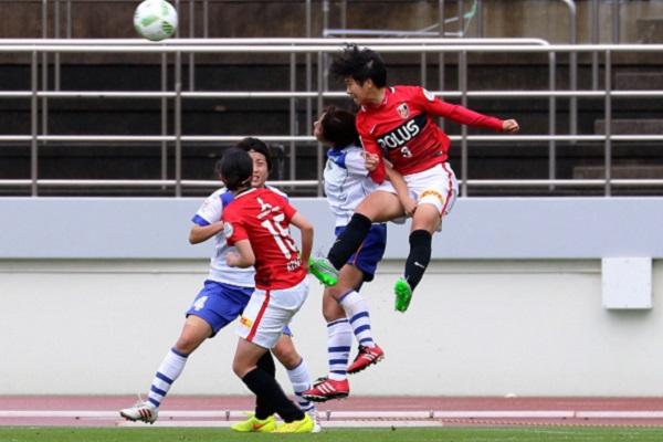 セットプレー時には高畑志帆も攻撃参加した浦和だが、この日もゴールは遠かった