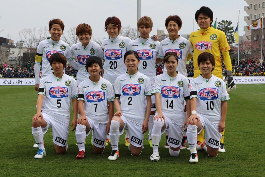 日テレイレブンは、試合終了まで秋田のピッチを走り切った。