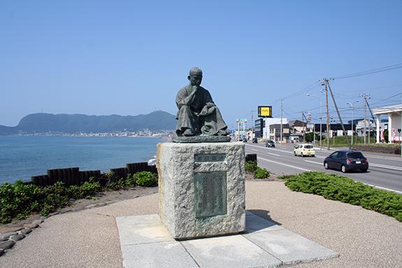 函館 石川啄木像