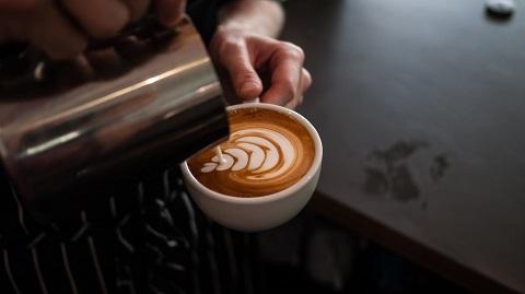 FOAM-Espresso-Bar-by-76-Creative-Studio-latte-art.jpg