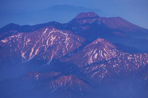 日本海からの頸城三山
