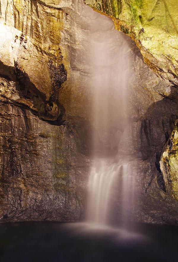 滝観洞の滝