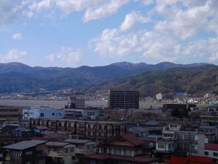 25高島城跡天守から諏訪市街を望む2016年4月