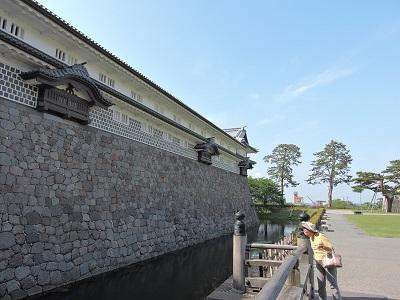 金沢城見学橋詰門から菱櫓を望む(2016年5月21日) 009