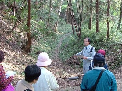 ①2011年11月城の会研修関東の旅(滝山城1) (1)