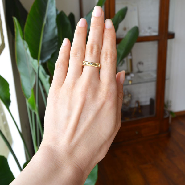 K18YG製エメラルドカットダイアモンドリング指輪
