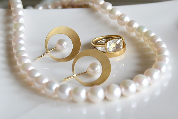 K18YG製あこや真珠キャッチピアスあこや真珠ネックレスグラデーション技法ニーシングタイプリング指輪ムーンストーンリングハンドメイド加工手作り