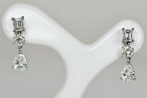 Pt900プラチナ1ctカラットダイアモンドエメラルドカットラウンドカットペアシェイプカットスタッドピアス