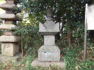 東門院石造宝篋印塔