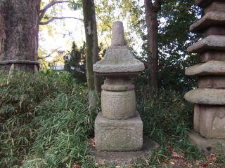 東門院石造宝塔